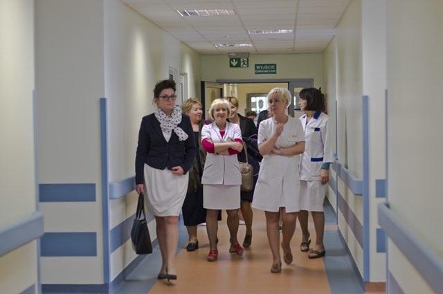 zaopatrzenie polskich placówek medycznych