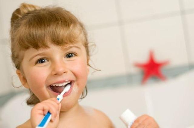 dentysta, stomatolog, profilaktyka chorób jamy ustnej, higiena jamy ustnej