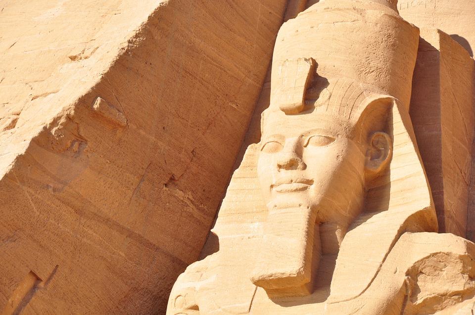 zemsta faraona, zatrucie pokarmowe