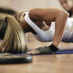 Szybki trening na płaski brzuch – poznaj sekret!