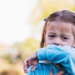 Kaszel u dziecka – jak sobie z nim poradzić?