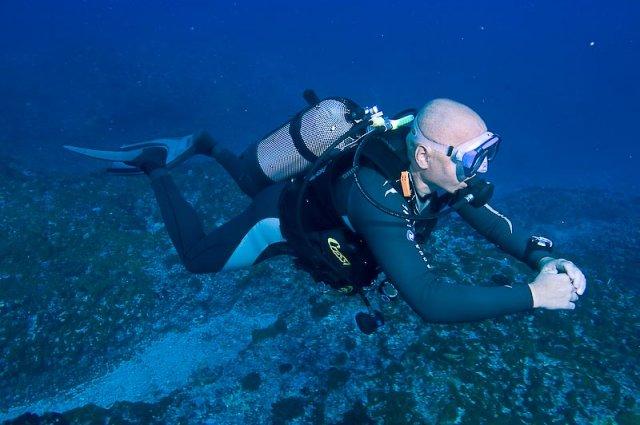 Jak wybrać odpowiednie miejsce do nurkowania?