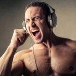 Trening z muzyką w tle – jak zacząć, czego słuchać?