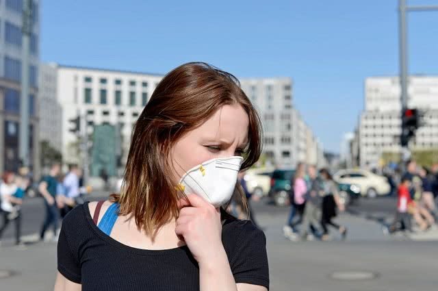 Smog – zobacz, jakie spustoszenie sieją w Twoim organizmie trujące cząsteczki!
